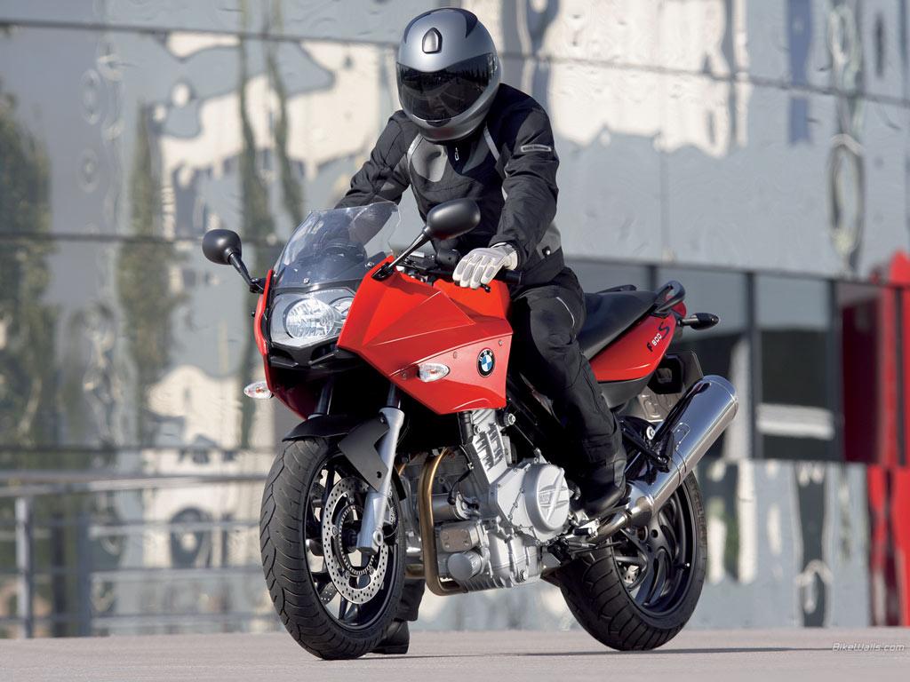 BMW-f800-01